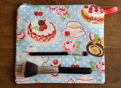 English Tea makeup bag by DeeliciousCrafts on Etsy