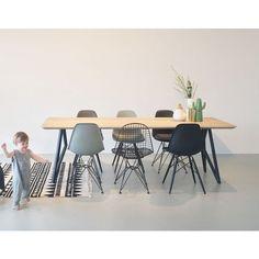 Interior Home Design Trends For 2020 - New ideas Design Room, House Design, Interior Design, Dining Table In Living Room, Home Living Room, New Kitchen Doors, Esstisch Design, Room Chairs, Contemporary Design