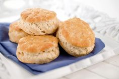 This vegan biscuits recipe uses Bisquick as a base, so it's a super fast but tasty way to make dairy-free, vegan biscuits for any meal.
