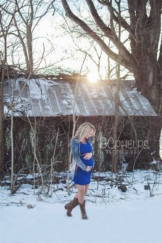 BC Phelps Photography www.bcphelpsphotography.com maternity poses maternity photography maternity photo shoot maternity session barn sunset photography vintage snow winter