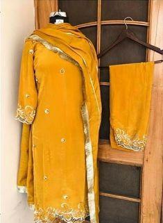 Embroidery Suits Punjabi, Embroidery Dress, Indian Embroidery, Beaded Embroidery, Punjabi Suits Designer Boutique, Boutique Suits, Beautiful Dress Designs, Stylish Dress Designs, Pakistani Bridal Wear