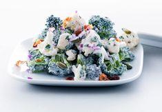 Broccoli og blomkål salat