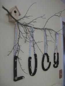 DIY tree branch nursery decor, but it could also be really cool with photos hung from ribbons instead of the letters. No Bird house and make the letters sparkly for a starry effect. Do It Yourself Design, Do It Yourself Home, Tree Branch Decor, Tree Branches, Cool Ideas, Just In Case, Just For You, Diy Nursery Decor, Hanging Photos