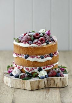 Sweetface Events: Naked Wedding Cakes