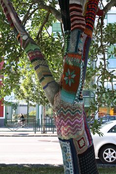 Crocheted and knitted tree hugger by Reykjavik Underground Yarnstormers, Reykjavik, Iceland. Photo by Kelsey Savage.