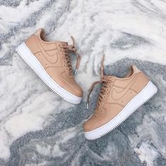 Sneakers women - Nike Air Force 1 vachetta tan (©arab_lincoln)