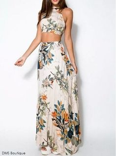 New ideas dress maxi floral crop tops Maxi Floral, Floral Beach Dresses, Summer Dresses, Dress Beach, Holiday Dresses, Beach Skirt, Vacation Dresses, Bohemian Dresses, Floral Sleeve