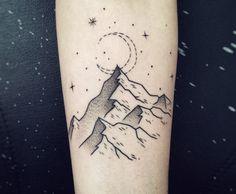 37 meilleures images du tableau tatouage montagne awesome tattoos ideas et mountain sleeve tattoo. Black Bedroom Furniture Sets. Home Design Ideas