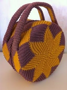 Wonderful crocheted bag -- looks like it's from the 1940s!