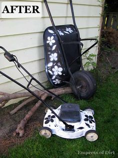 Stencil your lawnmower and wheelbarrow. Then no one will steal it. #gardenartprojects #diy #makeover