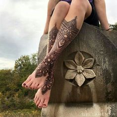 Mehndi design tattoo for leg beautiful mehndi, henna leg tattoo, mandala ta Mehndi Tattoo, Henna Tattoo Designs, Henna Tattoos, Mehndi Designs, Henna Bein Tattoo, Henna Mehndi, Henna Art, Leg Tattoos, Body Art Tattoos