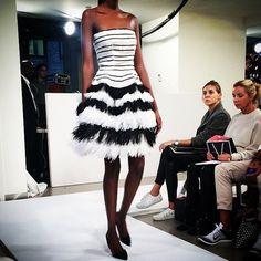A black and white affair at Oscar de la Renta #SS15