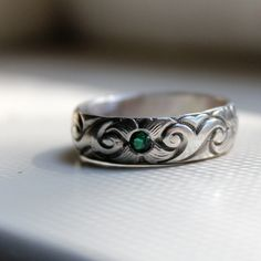 tinahdee beautiful jewelry — Emerald and Sterling Silver Floral Band Ring