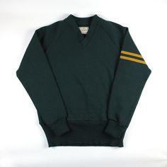 Dehen 1920 Varsity V-Neck (Green/Old Gold)