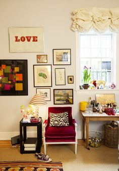 Share Tweet Pin Mail Yesterday I happened upon the Greenwich Village apartment tour of interior designer Rita Konig (via isuwannee)which was featured on The ...