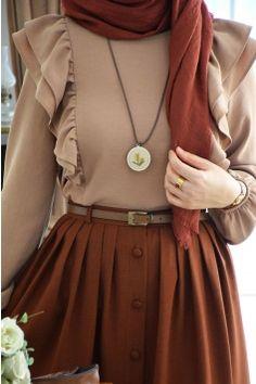 Modesty Fashion, Hijab Fashion, Sewing Clothes Women, Clothes For Women, Skirt Fashion, Fashion Dresses, Moslem Fashion, Stylish Hijab, Hijab Style Dress