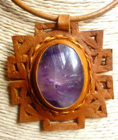 Collar en cuero calado a mano  collar calado geométrico con amatista leather collars stone Semi Precious Gemstones