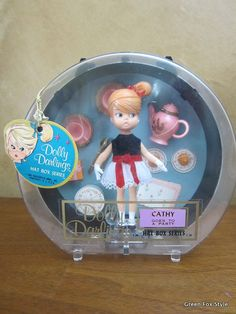 Dolly Darlings  Cathy Goes To A Party  Hat Box by GreenFoxStyle