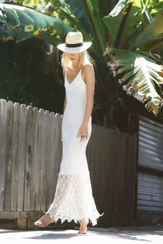 Great Destination Haute Hippie Look.  Destination Wedding, Fedora for Brides