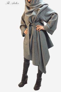 Grey Long Wool Coat/ Winter Cape Coat /Cashmere Wool door FloAtelier