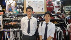 【新宿2号店】2014.05.30 学生お二人組のお客様❢❢プレーオフコーナーの前で撮らせてもらいました☆また遊びに来てくださ~~~い(・∀・) #nba