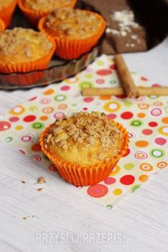 Muffiny owsiane z dżemem morelowym Muffin, Lunch, Breakfast, Food, Breakfast Cafe, Muffins, Eat Lunch, Essen, Lunches