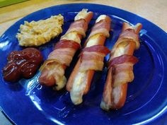 Ny Food, Sausage, Bacon, Food And Drink, Appetizers, Menu, Menu Board Design, Appetizer, Sausages