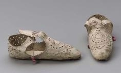 Elizabethan shoes 1605 Italian