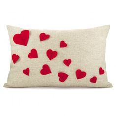Growing hearts pillow cover - Red felt heart applique on natural beige canvas accent pillow cover - lumbar pillow cover. via Etsy. Cute Pillows, Diy Pillows, Throw Pillows, Valentine Decorations, Valentine Crafts, Valentines, Valentine Pillow, Handmade Pillows, Decorative Pillows