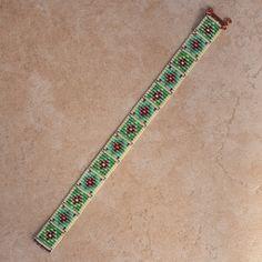 Russian Flowers Beaded Bracelet by PuebloAndCo on Etsy