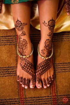 Henna feet!