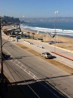 Reñaca en una mañana soleada. Viña del Mar, Chile. Chile, Country, Beach, Water, Outdoor, Instagram, Pereira, Viajes, Antique Photos