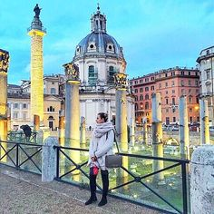 New blog post about Roma is now on  Direct link in bio  • • • • •#roma #travel #holiday #white #grey #loveit #blogger #blog #fashionista #fashionblog #fashion #style #grey #ootd #tbt #winter #relax #happiness #newpost #photooftheday #instadaily #instafashion