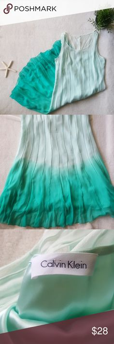 Calvin Klein Silk Mint Green Hombre Dress Dip dyed/ombre dress. The lining is 100% silk. Size tag is missing but this fits best size 4-6. Looser fit and light weight, perfect summer cocktail dress! Excellent condition. Calvin Klein Dresses
