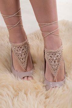 Crochet barefoot sandals, beaded barefoot sandals, beige Barefoot sandals, Beach shoes, Nude shoes, Foot jewelry, bead crochet, accessory