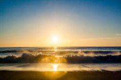 💚 sunset sun rays beach  - new photo at Avopix.com    ✅ https://avopix.com/photo/17361-sunset-sun-rays-beach    #sunset #sun #sun rays #beach #sand #avopix #free #photos #public #domain