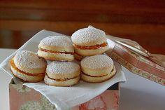 You searched for Scones - La Cuoca Dentro Biscotti Cookies, Sweet Breakfast, Shortbread, Scones, Italian Recipes, Cupcake, Muffin, Cooking Recipes, Desserts
