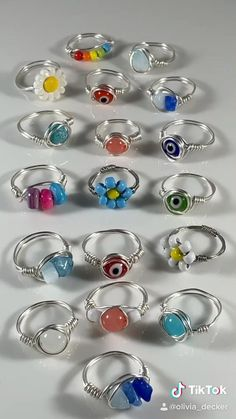 Wire Jewelry Rings, Wire Jewelry Designs, Handmade Wire Jewelry, Cute Jewelry, Jewelry Accessories, Jewlery, Beaded Rings, Jewelry Crafts, Gemstone Rings