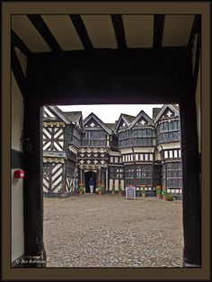 Entering Little Moreton Courtyard of old buildings in Congleton, Cheshire, England_ UK