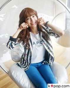 K2POP - STAR GOODS ( SNSD SOO YOUNG ) STRIPE FLOWER PATTERN JACKET