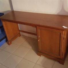 2-escriptoris-fusta-150x50x77-preu-x-u 50€