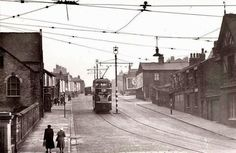 Domingo Road, Everton, Liverpool 5 The McCartneys in Everton St. Liverpool Town, Liverpool History, Buses And Trains, White Gardens, Slums, Everton, Vintage Travel Posters, The Good Old Days, Old Photos