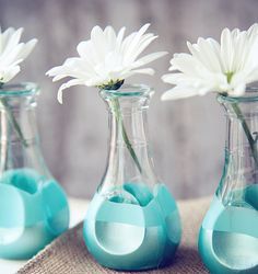 DIY Vases Fit for a Beautiful Bouquet