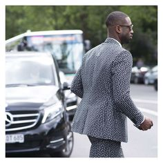 #LubakiLubaki | #AlexandreGaudin  @DwyaneWade During #PFW  www.lubakilubaki.com by Alexandre Gaudin  #StreetStyle #DwyaneWade #Man #Street #Style #Photo #NoFilter #FashionPost #Outfit #Chic #Basket #Basketball #Player #Heat #NBA #StreetFashion #Mode #Moda #Fashion #FashionWeek #FashionWeekParis #FW16 #Menswear #ReadyToWear #Dior #Paris http://ift.tt/2a9piIu