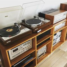 Peek Inside: Our Living Room and Audio Setup - Turntable Kitchen - Tiffany Brown. Vinyl Storage, Record Storage, Audio Vintage, Audio Rack, Dyi, Home Theater Design, Living Room Remodel, Living Rooms, Kitchen Remodel
