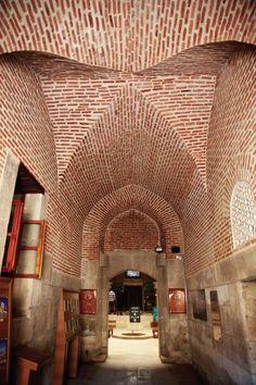 Sahip ata camii ve külliyesi/Konya/// Külliyenin inşasına ilk olarak 656H/1258M yılında caminin yapımı ile başlanmış olup 682H/1283M yılında türbenin yenilenmesi ile tamamlanmıştır.
