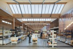 British furniture brand Vitsœ has opened a new headquarters and production facility in the English town of Royal Leamington Spa, featuring a saw-toothed roof and modular construction that means it can be easily updated.