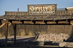 FILLY'S RESTAURANT..Apache Junction Arizona.  Great broasted chicken, Fried Catfish...a cowboy bar and restaurant.