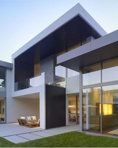 Architecture: Modern Minimalist House Design With Grass Front Yard And Outdoor Furniture Set, contemporary floor plans, contemporary home Architecture Design Concept, Plans Architecture, Minimalist Architecture, Modern Architecture House, Amazing Architecture, Modern House Design, Modern Interior Design, Japanese Architecture, Contemporary Interior