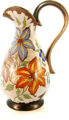 Gouda Pottery Pitcher I just love the shape! click now for info. Pottery Plates, Ceramic Pottery, Pottery Art, Pottery Painting, Ceramic Painting, Flower Vases, Flower Pots, Talavera Pottery, Pottery Designs